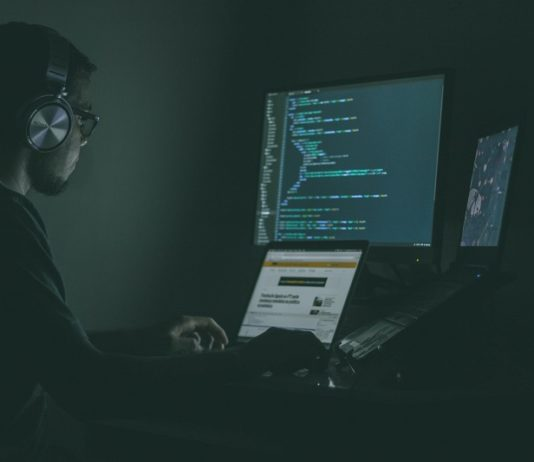 How to Maximize Cybersecurity in Your Workplace