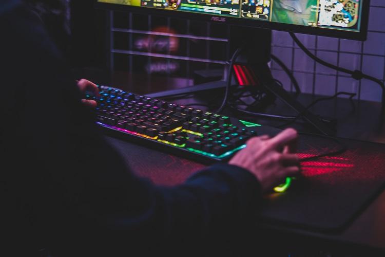 Play Games Profitably