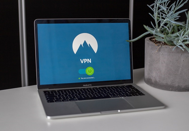 How Does A VPN Work And Why It's A Good Idea To Get It